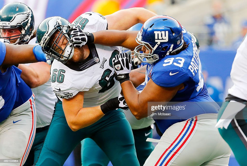 Mike Patterson of the New York Giants in action against Andrew Gardner of the Philadelphia Eagles on December 28 2014 at MetLife Stadium in East...