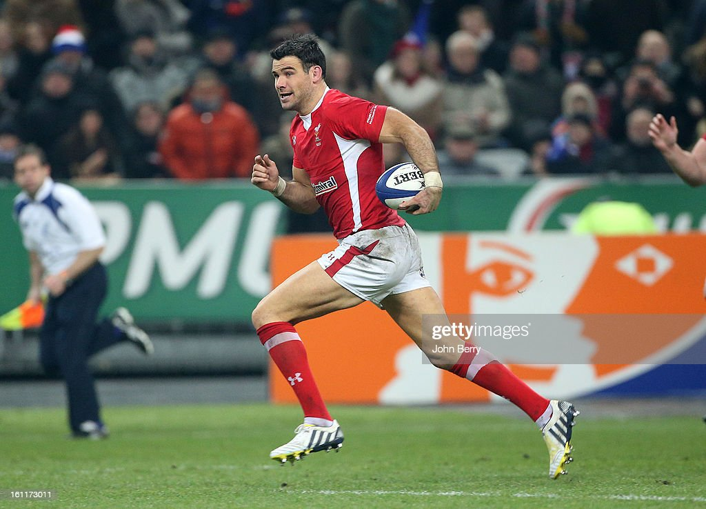 Mike Phillips of Wales in action during the 6 Nations match between France and Wales at the Stade de France on February 9,, 2013 in Paris, France.