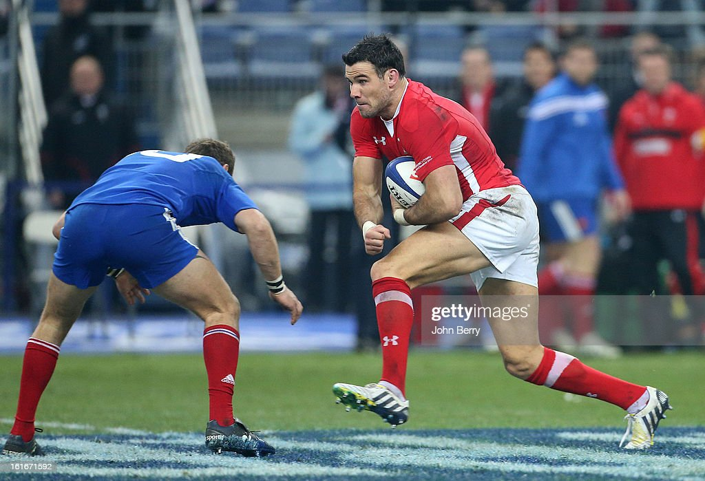 Mike Phillips of Wales in action during the 6 Nations match between France and Wales at the Stade de France on February 9, 2013 in Paris, France.