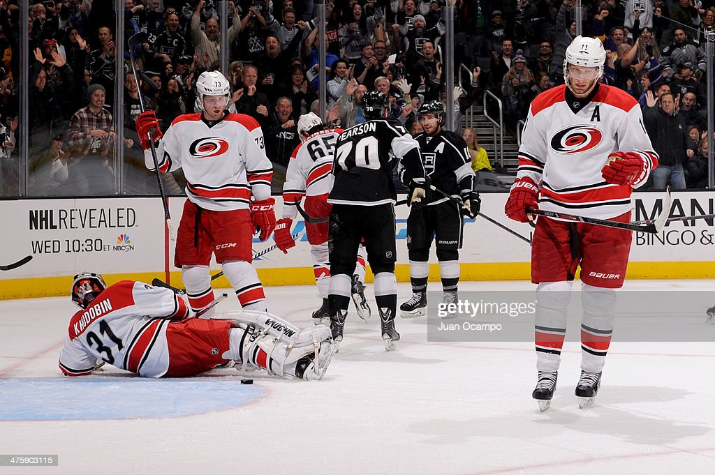 Mike Richards #10 of the Los Angeles Kings celebrate after scoring a goal against the Carolina Hurricanes at Staples Center on March 1, 2014 in Los Angeles, California.