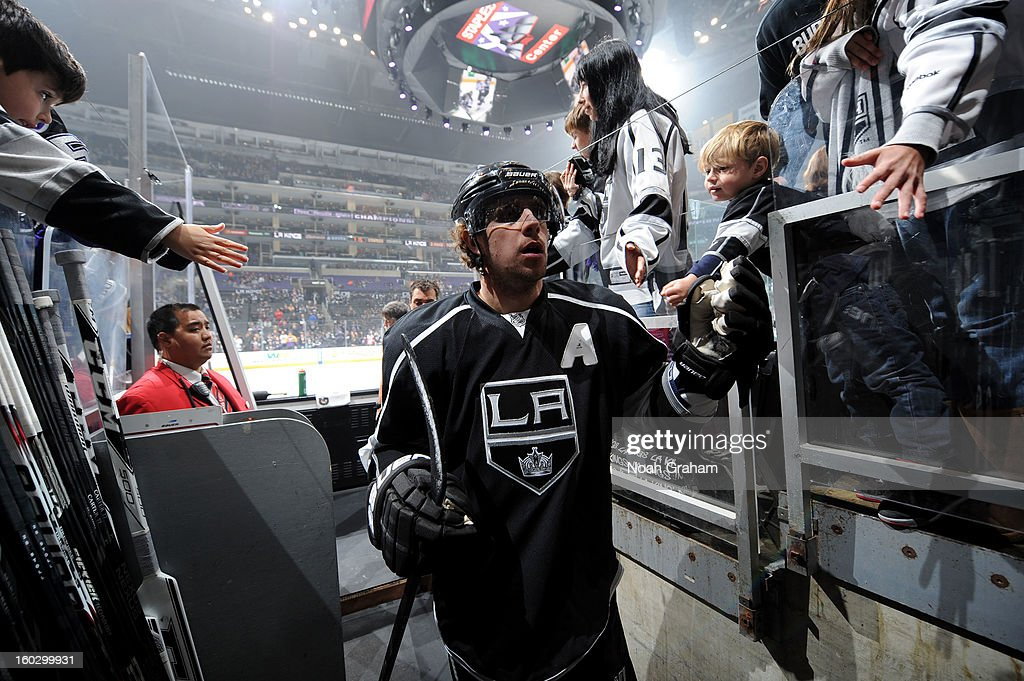 Mike Richards #10 of the Los Angeles Kings leaves the ice after warming up prior to the game against the Vancouver Canucks at Staples Center on January 28, 2013 in Los Angeles, California.