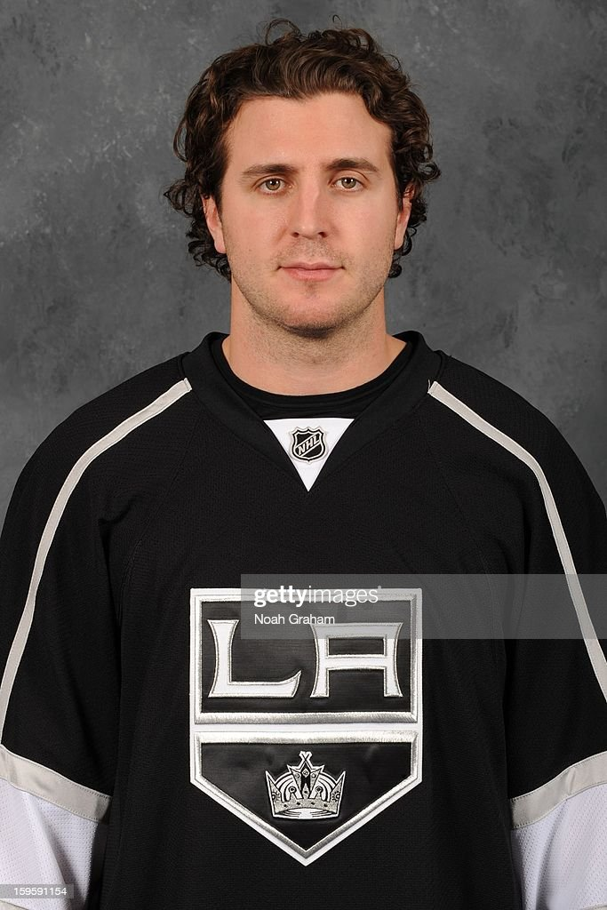 Mike Richards #10 of the Los Angeles Kings poses for his official headshot for the 2012-2013 season on January 12, 2013 at Staples Center in Los Angeles, California.