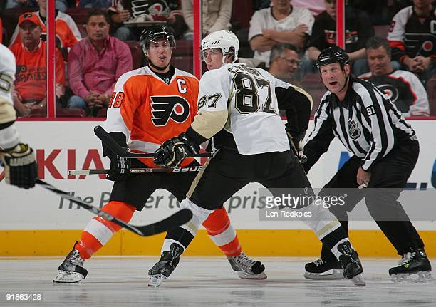 Mike Richards of the Philadelphia Flyers readies to faceoff against Sidney Crosby of the Pittsburgh Penguins on October 8 2009 at the Wachovia Center...