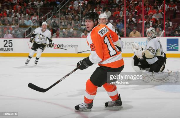 Mike Richards of the Philadelphia Flyers skates against the Pittsburgh Penguins on October 8 2009 at the Wachovia Center in Philadelphia Pennsylvania