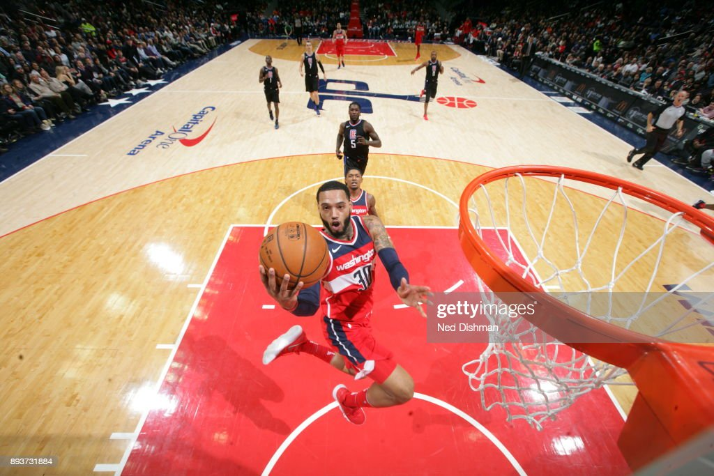 Mike Scott #30 of the Washington Wizards shoots the ball during the game against the LA Clippers on December 15, 2017 at Capital One Arena in Washington, DC.