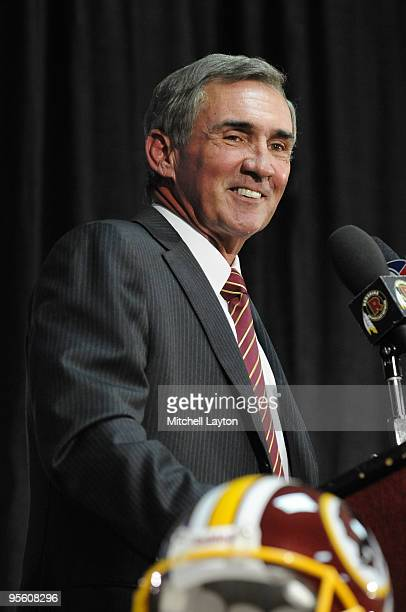Mike Shanahan speaks at a press conference introducing him as the new Executive Vice President and Head Coach of the Washington Redskins to the media...