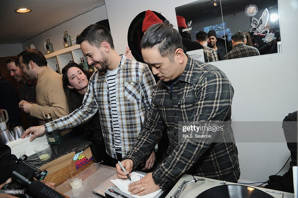<a gi-track='captionPersonalityLinkClicked' href=/galleries/search?phrase=Mike+Shinoda&family=editorial&specificpeople=657527 ng-click='$event.stopPropagation()'>Mike Shinoda</a> and <a gi-track='captionPersonalityLinkClicked' href=/galleries/search?phrase=Joe+Hahn&family=editorial&specificpeople=630187 ng-click='$event.stopPropagation()'>Joe Hahn</a> of Linkin Park attend Sebago and Linkin Parks launch of their collaboration at Reed Space NYC on January 22, 2013 in New York City.