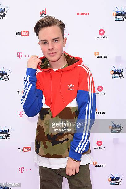 Mike Singer attends the YouTube Videodays on October 2 2016 in Potsdam Germany