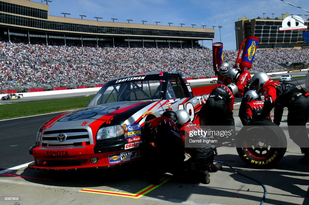 Golden Corral 500 Qualifying Photos And Images | Getty Images