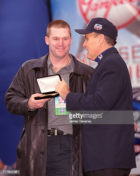 Mike Stanton and Mayor Rudolph Giuliani during Ticker Tape Parade for the New York Yankees 2000 World Series Champions at City Hall in New York NY...
