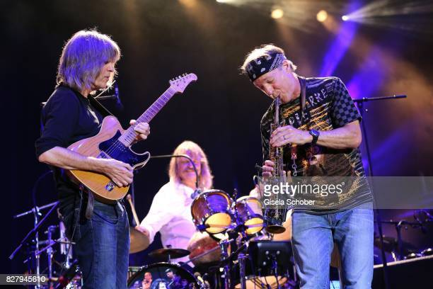 Mike Stern Leslie Mandoki Bill Evans and Man Doki Soulmates perform during the Sziget Festival at Budapest Park on August 8 2017 in Budapest Hungary...