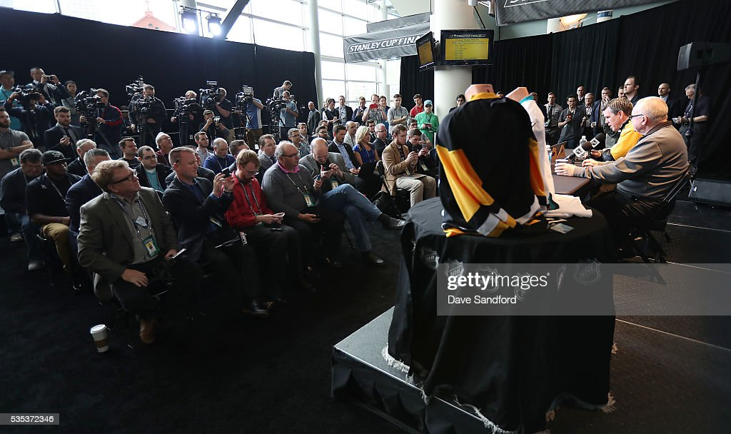 <a gi-track='captionPersonalityLinkClicked' href=/galleries/search?phrase=Mike+Sullivan+-+Ice+Hockey+Coach&family=editorial&specificpeople=15847660 ng-click='$event.stopPropagation()'>Mike Sullivan</a> of the Pittsburgh Penguins and General Manager <a gi-track='captionPersonalityLinkClicked' href=/galleries/search?phrase=Jim+Rutherford&family=editorial&specificpeople=594541 ng-click='$event.stopPropagation()'>Jim Rutherford</a> of the Pittsburgh Penguisn speak during Media Day prior to the 2016 NHL Stanley Cup Final between the Pittsburgh Penguins and San Jose Sharks May 29, 2016 at Consol Energy Center in Pittsburgh, Pennsylvania, United States.