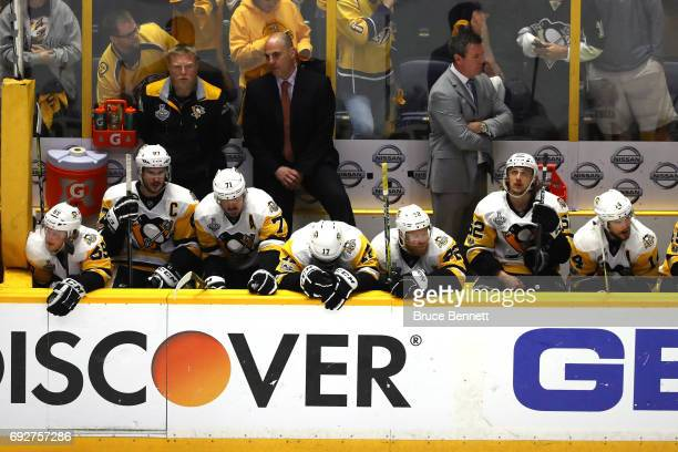 Mike Sullivan of the Pittsburgh Penguins reacts with the bench against the Nashville Predators during the third period in Game Four of the 2017 NHL...