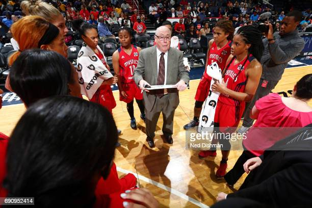 Mike Thibault of the Washington Mystics coaches his team during the game against the Connecticut Sun on May 31 2017 at the Verizon Center in...