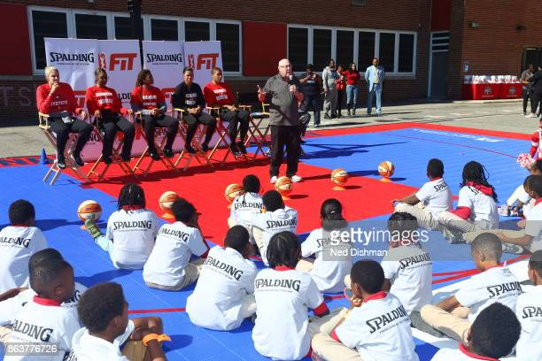 Mike Thibault of the Washington Mystics speaks with kids from Hendley Elementary school during a court dedication and Fit Clinic on October 17 2017...