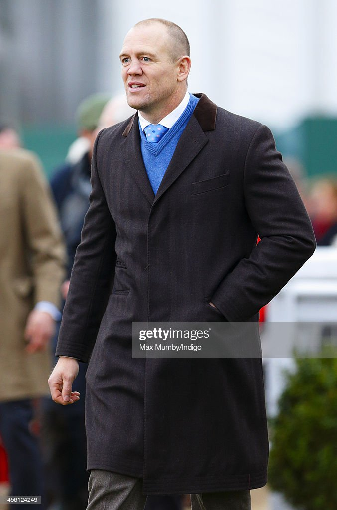 <a gi-track='captionPersonalityLinkClicked' href=/galleries/search?phrase=Mike+Tindall&family=editorial&specificpeople=204210 ng-click='$event.stopPropagation()'>Mike Tindall</a> attends The International meeting at Cheltenham Racecourse on December 13, 2013 in Cheltenham, England.
