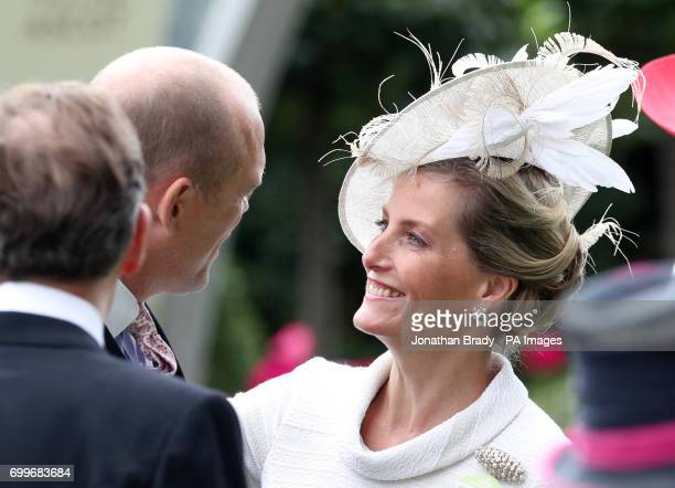 Mike Tindall greets the Countess of Wessex during day three of Royal Ascot at Ascot Racecourse