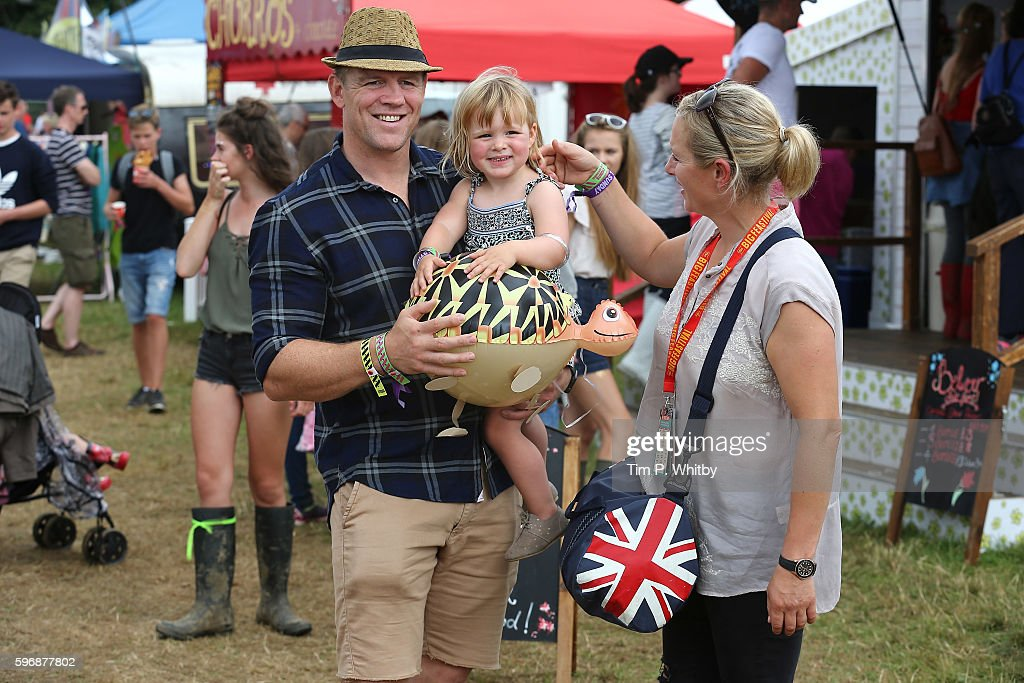 mike-tindall-zara-tindell-and-their-daughter-mia-tindall-pose-for-a-picture-id596877802