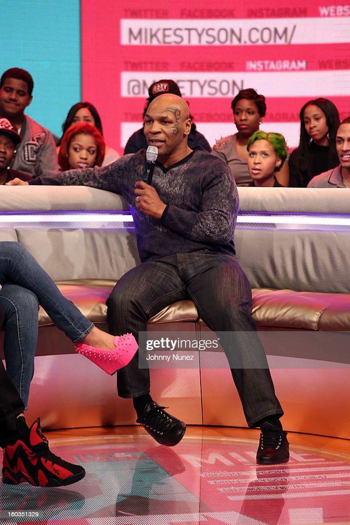 <a gi-track='captionPersonalityLinkClicked' href=/galleries/search?phrase=Mike+Tyson&family=editorial&specificpeople=194986 ng-click='$event.stopPropagation()'>Mike Tyson</a> visits BET's '106 & Park' at 106 & Park Studio on January 29, 2013, in New York City.