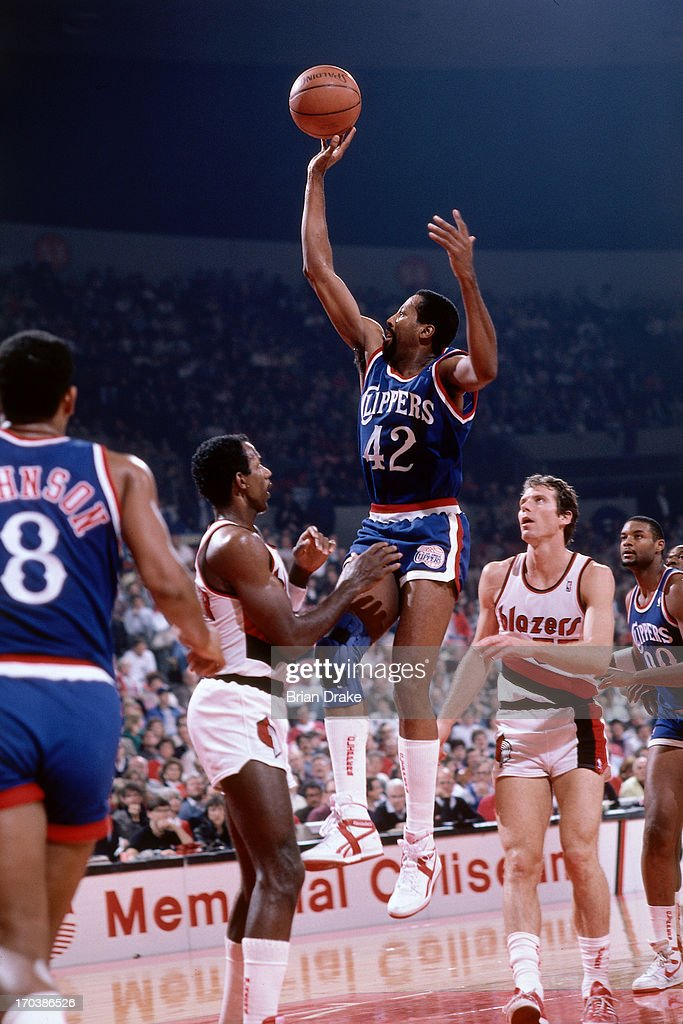 Mike Woodson of the Los Angeles Clippers shoots against the Portland Trail Blazers during a game played in 1986 at the Veterans Memorial Coliseum in...