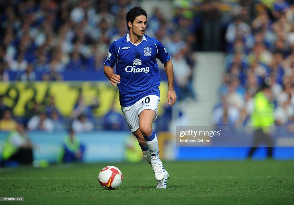 Soccer - Premier League - Everton vs. Liverpool : News Photo