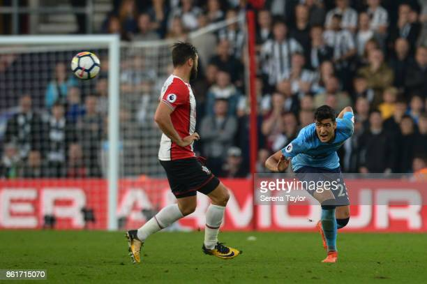 Mikel Merino of Newcastle United heads the ball during the Premier League match between Southampton and Newcastle United at StMary's Stadium on...