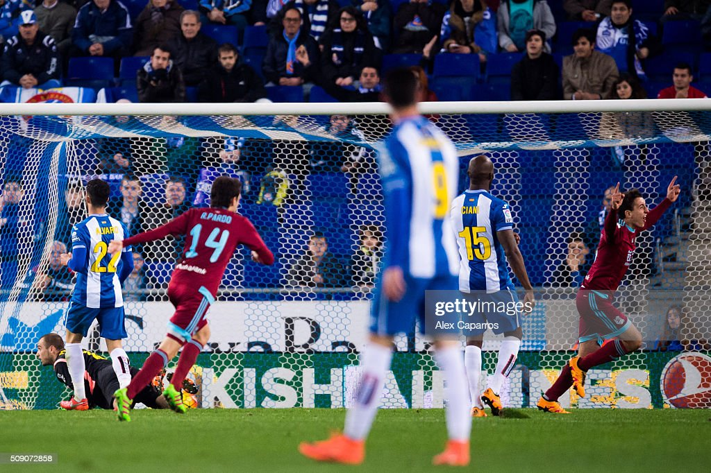 Mikel Oyarzabal (R) of Real Sociedad de Futbol celebrates after scoring his team's third goal during the La Liga match between RCD Espanyol and Real Sociedad de Futbol at Cornella-El Prat Stadium on February 8, 2016 in Barcelona, Spain.