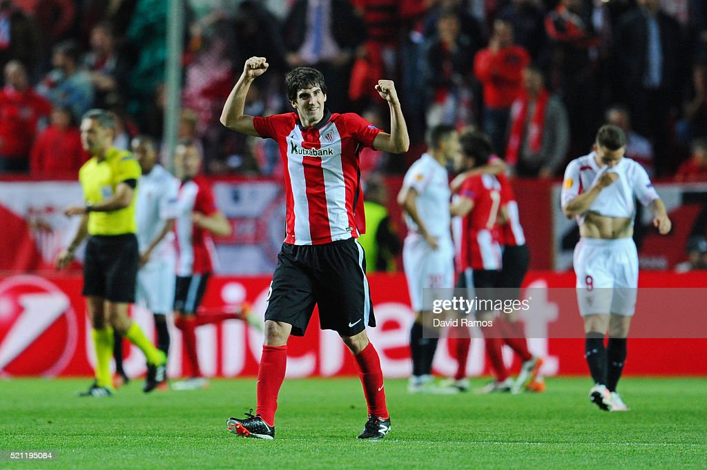 <a gi-track='captionPersonalityLinkClicked' href=/galleries/search?phrase=Mikel+San+Jose&family=editorial&specificpeople=5973705 ng-click='$event.stopPropagation()'>Mikel San Jose</a> of Athletic Club Bilbao celebrates after the goal scored by Raul Garcia during the UEFA Europa League quarter final, second leg match between Sevilla and Athletic Bilbao at the Ramon Sanchez Pizjuan stadium on April 14, 2016 in Seville, Spain.