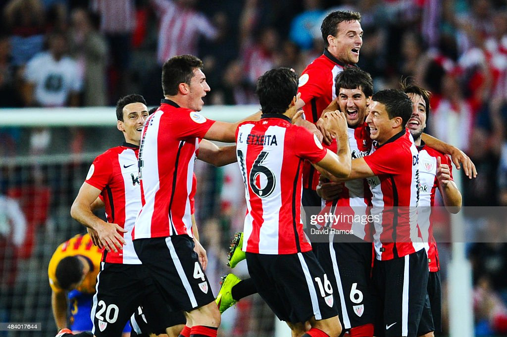 <a gi-track='captionPersonalityLinkClicked' href=/galleries/search?phrase=Mikel+San+Jose&family=editorial&specificpeople=5973705 ng-click='$event.stopPropagation()'>Mikel San Jose</a> (3R) of Athletic Club celebrates with his team mates after scoring the opening goalduring the Spanish Super Cup first leg match between FC Barcelona and Athletic Club at San Mames Stadium on August 14, 2015 in Bilbao, Spain.