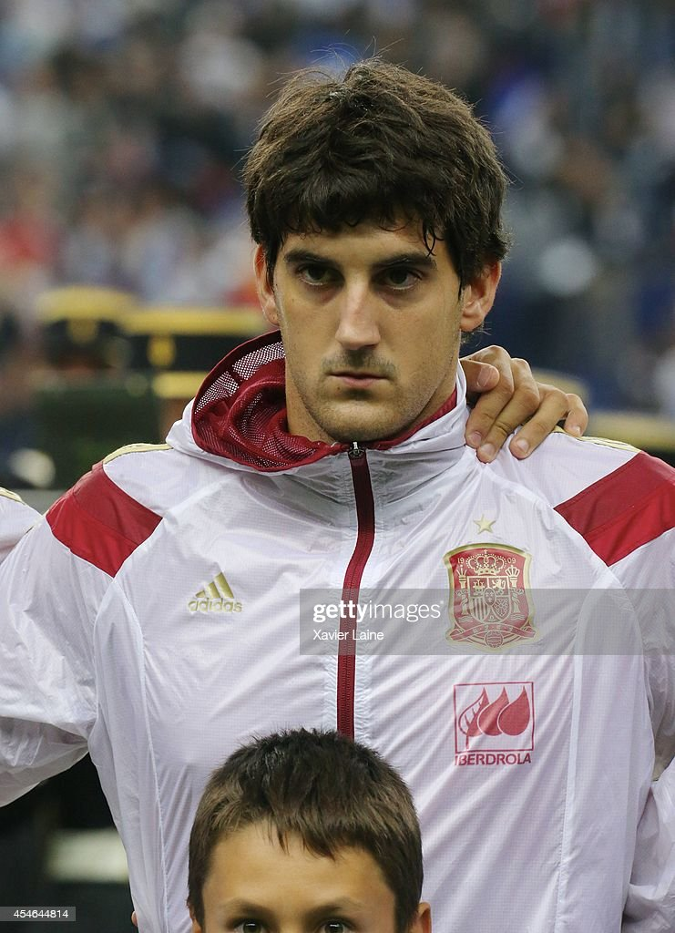 <a gi-track='captionPersonalityLinkClicked' href=/galleries/search?phrase=Mikel+San+Jose&family=editorial&specificpeople=5973705 ng-click='$event.stopPropagation()'>Mikel San Jose</a> of Spain during the International Friendly match between France and Spain at Stade de France on september 04, 2014 in Paris, France.