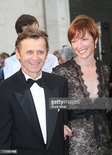 Mikhail Baryshnikov and Lisa Rinehart during 'Madama Butterfly' Opening Night Starting the Lincoln Center Metropolitan Opera 20062007 Season at...