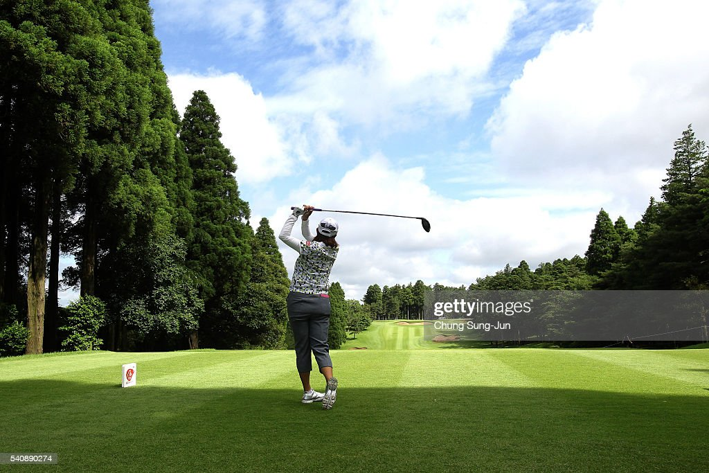 <a gi-track='captionPersonalityLinkClicked' href=/galleries/search?phrase=Miki+Saiki&family=editorial&specificpeople=4443719 ng-click='$event.stopPropagation()'>Miki Saiki</a> of Japan plays a tee shot on the second hole during the first round of the Nichirei Ladies at the Sodegaura Country Club Shinsode Course on June 17, 2016 in Chiba, Japan.