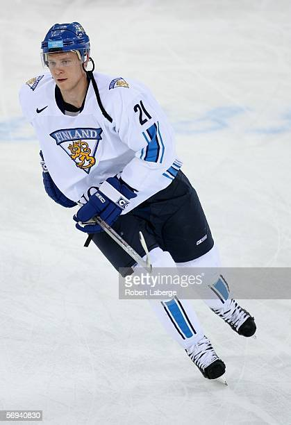 Mikko Koivu of Finland warms up prior to the final of the men's ice hockey match between Finland and Sweden during Day 16 of the Turin 2006 Winter...