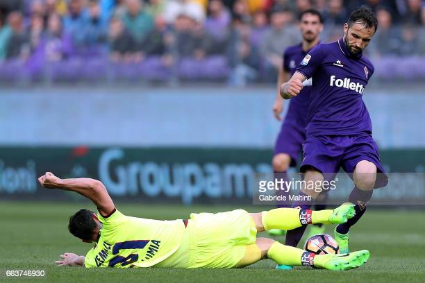 Milan Badelj of ACF Fiorentina battles for the ball with Blerim Dzemaili of Bologna FC during the Serie A match between ACF Fiorentina and Bologna FC...