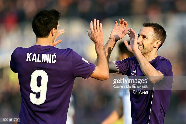 Milan Badelj of ACF Fiorentina celebrates after scoring a goal during the Serie A match between ACF Fiorentina and Udinese Calcio at Stadio Artemio...