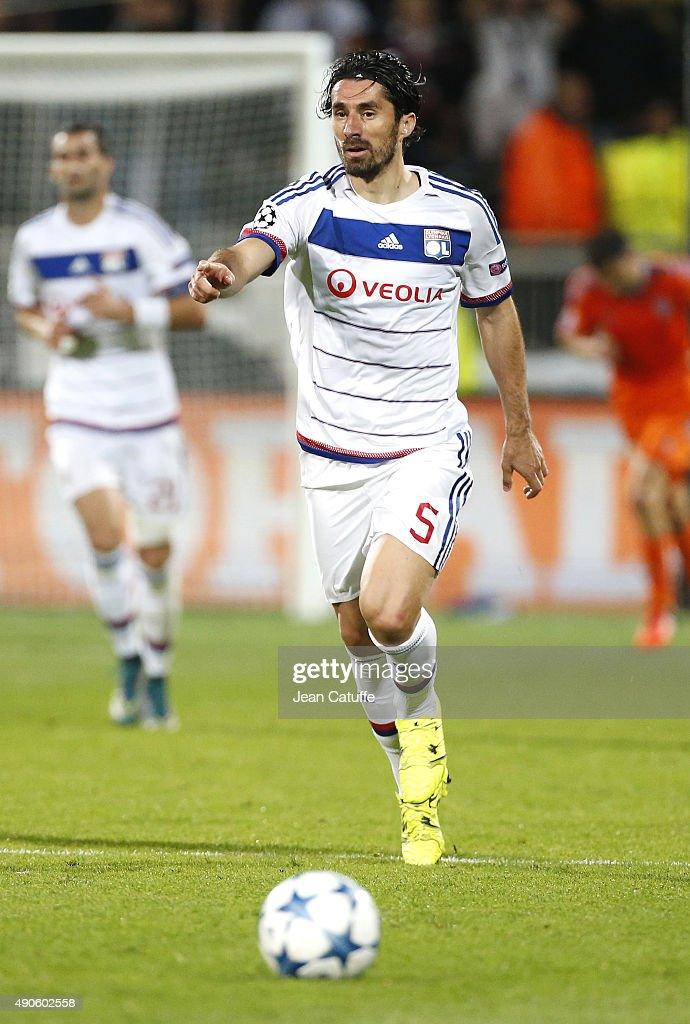 <a gi-track='captionPersonalityLinkClicked' href=/galleries/search?phrase=Milan+Bisevac&family=editorial&specificpeople=600075 ng-click='$event.stopPropagation()'>Milan Bisevac</a> of Lyon in action during the UEFA Champions league match between Olympic Lyonnais (OL) and Valencia CF at Stade de Gerland on September 29, 2015 in Lyon, France.