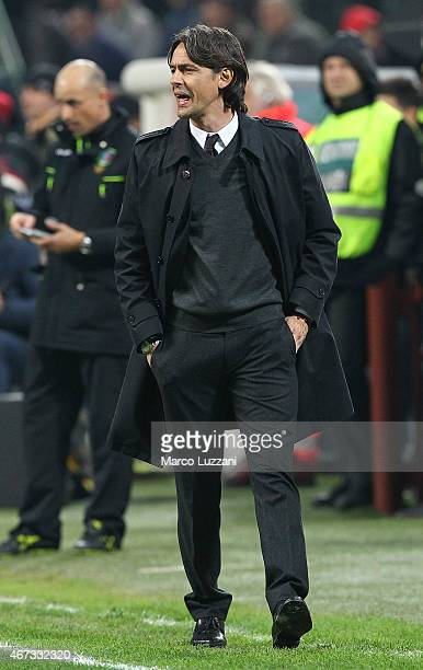 Milan coach Filippo Inzaghi issues instructions to his players during the Serie A match between AC Milan and Cagliari Calcio at Stadio Giuseppe...