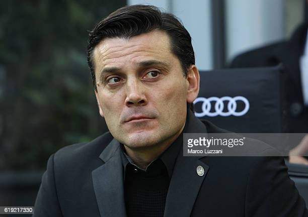 Milan coach Vincenzo Montella looks on before the Serie A match between AC Milan and Pescara Calcio at Stadio Giuseppe Meazza on October 30 2016 in...