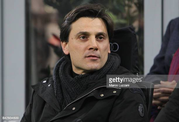Milan coach Vincenzo Montella looks on before the Serie A match between AC Milan and ACF Fiorentina at Stadio Giuseppe Meazza on February 19 2017 in...