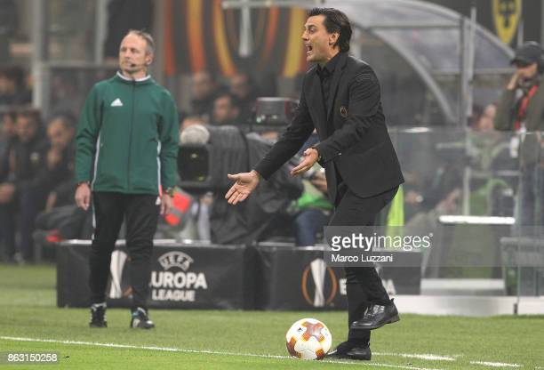 Milan coach Vincenzo Montella shouts to his players during the UEFA Europa League group D match between AC Milan and AEK Athens at Stadio Giuseppe...