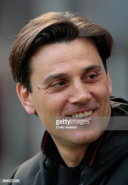 Milan coach Vincenzo Montella smiles before the Serie A match between AC Milan and US Citta di Palermo at Stadio Giuseppe Meazza on April 9 2017 in...