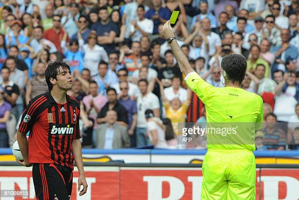AC Milan forward Kak reacts against Italian referee Farina during their Calcio football match NaplesMilan at San Paolo Stadium in Naples on May 11...