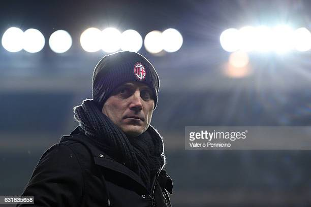 Milan head coach Vincenzo Montella looks on during the Serie A match between FC Torino and AC Milan at Stadio Olimpico di Torino on January 16 2017...