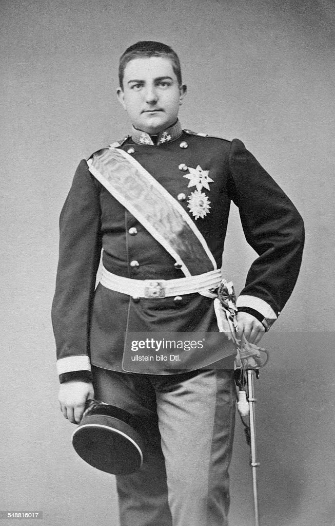 Milan I *22081854 Milan Obrenovic IV Prince of Serbia 18681882 Milan I King of Serbia 18821889 Portrait undated photographer N Stockmann Vienna