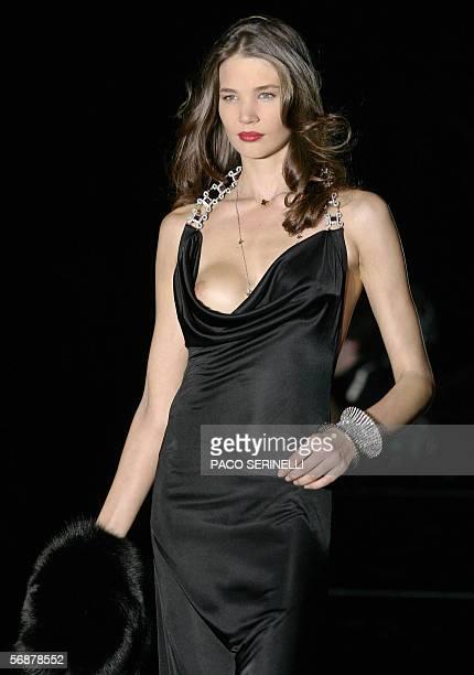 Valeria marini fashion designer stock photos and pictures - Mobeldesigner italien ...