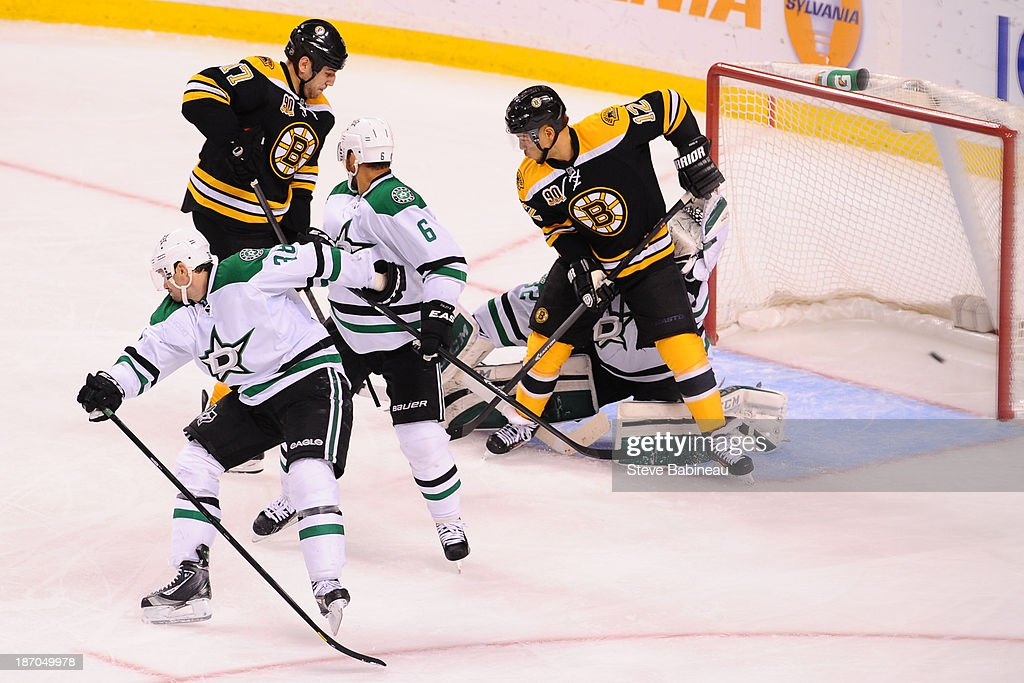 <a gi-track='captionPersonalityLinkClicked' href=/galleries/search?phrase=Milan+Lucic&family=editorial&specificpeople=537957 ng-click='$event.stopPropagation()'>Milan Lucic</a> #17 of the Boston Bruins scores a goal against the Dallas Stars at the TD Garden on November 5, 2013 in Boston, Massachusetts.