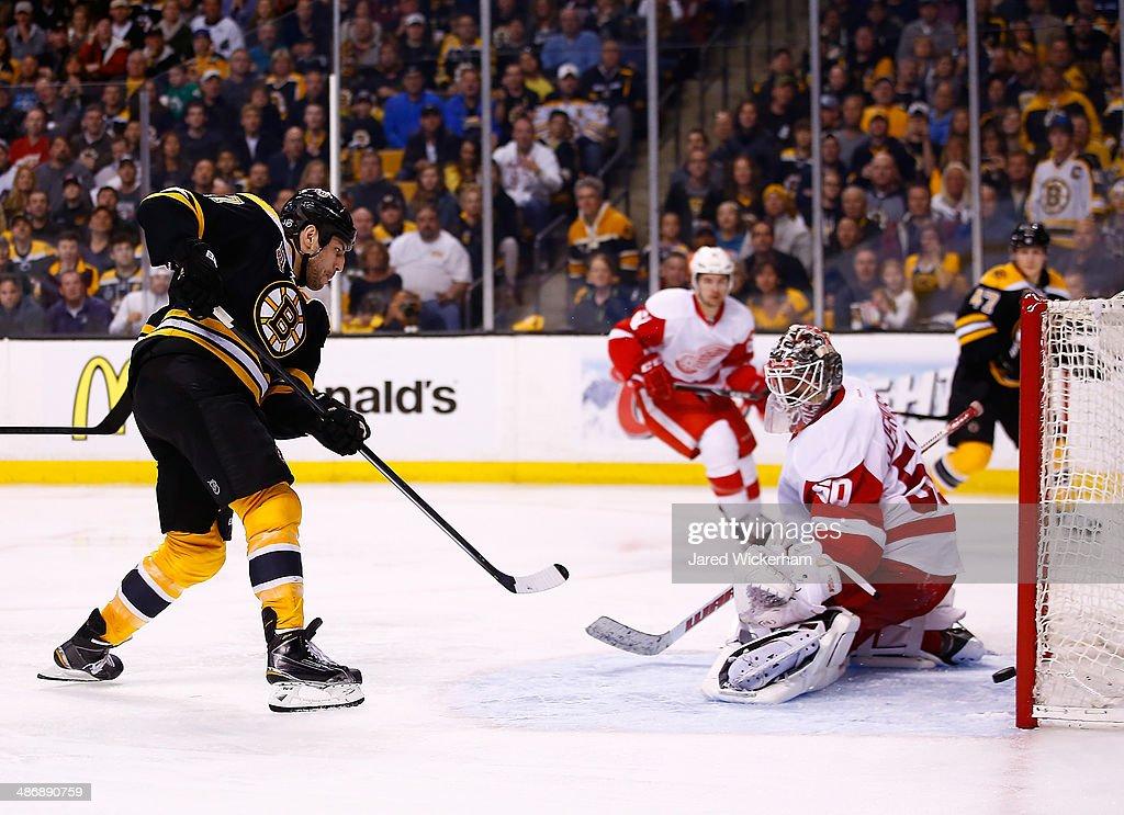 Detroit Red Wings v Boston Bruins - Game Five