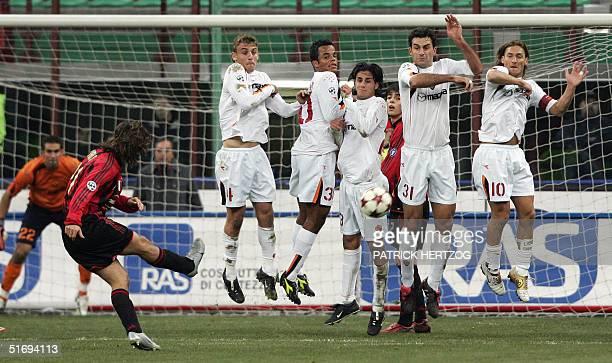 Milan midfielder Andrea Pirlo shoots a free kick against AS Roma in an Italian serie A match at San Siro stadium in Milan 07 November 2004 AFP PHOTO/...