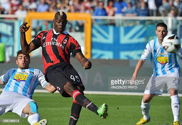 AC Milan striker Mario Balotelli shoots a kick during the Italian Serie A football match Pescara vs Milan at the Adriaticum stadium in Pescara on May...