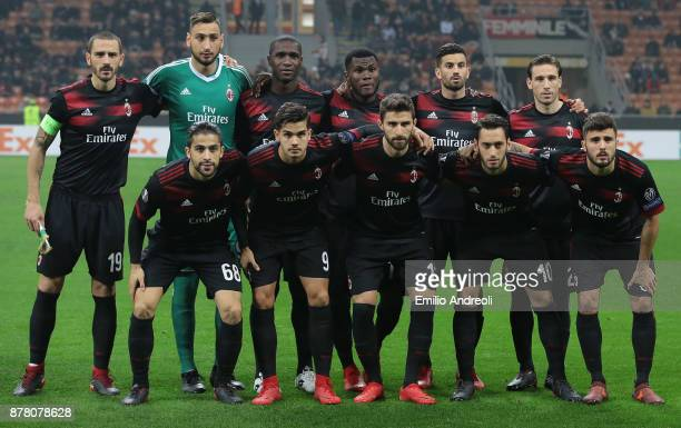 Milan team line up prior to the UEFA Europa League group D match between AC Milan and Austria Wien at Stadio Giuseppe Meazza on November 23 2017 in...